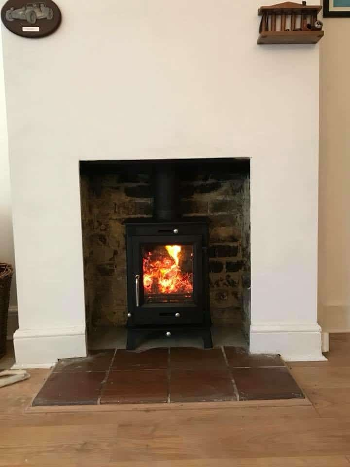 Ecosy ottawa multi fuel stove and chimney liner installed in hythe kent
